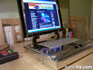 Torquil Harkness' ITX-Laptop